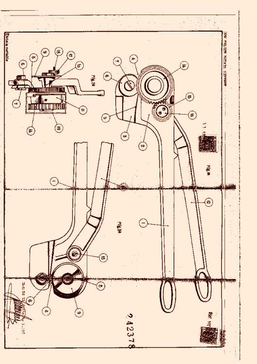 Una cizalla manual con cuchilla de rodillo for Cizalla manual para metal