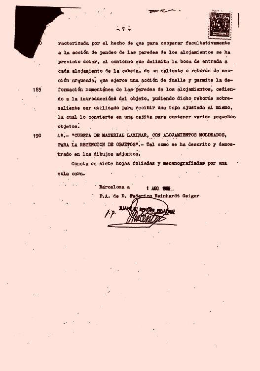 CUBETA DE MATERIAL LAMINAR CON ALOJAMIENTOS MOLDEADOS PARA LA RETENCION DE OBJETOS.