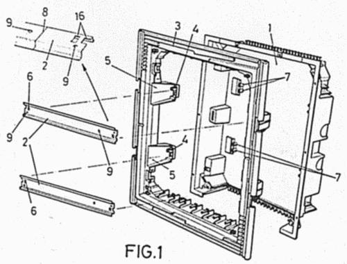 Dispositivo de montaje de railes en cajas de distribucion for Caja de distribucion