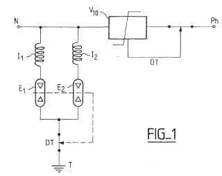 Dispositivo de protección contra las sobretensiones con elementos de descarga en paralelo, comprendiendo cada uno una inductancia.