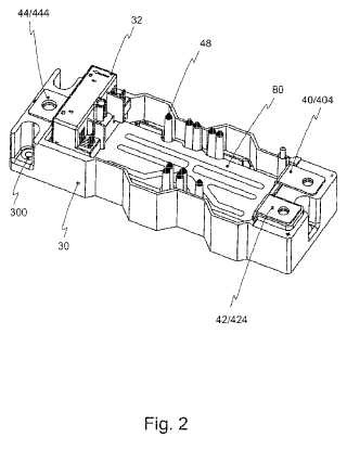 Módulo de semiconductor de potencia con contacto de presión con un acumulador de presión híbrido.