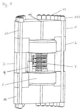 Herramienta y dispositivo para la fabricación de piezas modeladas.