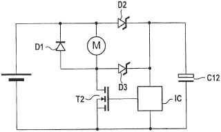 Aparato eléctrico con un motor eléctrico y un transformador inductivo.