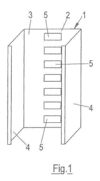Elemento perfilado de construcción ligera conformado en frío de pared delgada y procedimiento para la fabricación de un elemento perfilado de este tipo.