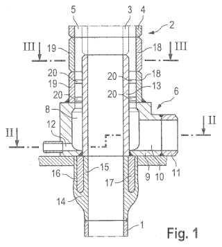 Pieza de conexión entre un tubo de craqueo y un tubo de refrigeración así como procedimiento para conectar un tubo de craqueo con un tubo de refrigeración.