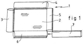 Dispositivo y procedimiento que lo pone en práctica para el atirantado de un lienzo sobre un elemento en relieve.