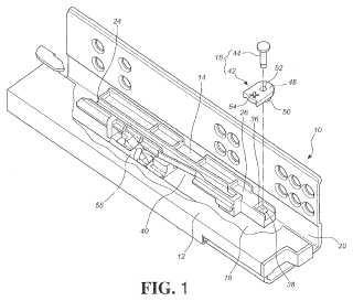 Dispositivo de ajuste para ensamblaje de corredera.