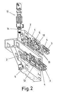 Sistema de compensación de la caída del carnero en una máquina herramienta.