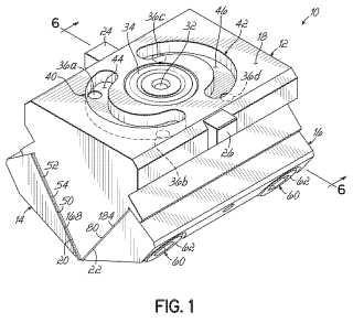 Boquilla y procedimiento para distribuir un patrón aleatorio de filamentos de adhesivo.