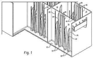 Recipientes para baterías que tienen nervios en las paredes laterales.