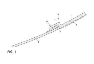 Método de fabricación de un conjunto de soporte y pantalla transparente de un material plástico.