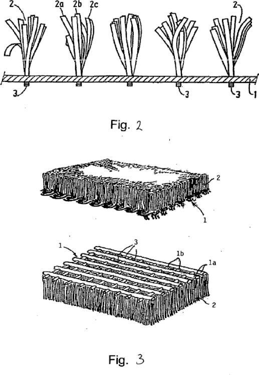 Fibra artificial para usar en un campo deportivo de césped artificial.