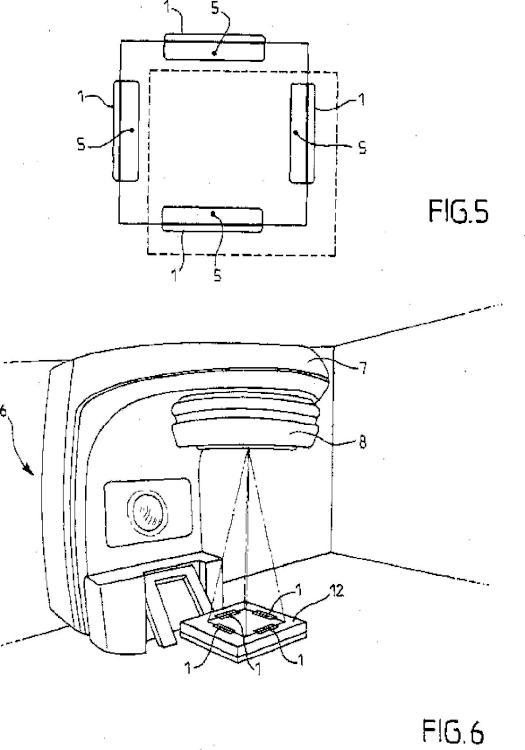 Objeto de prueba y procedimiento que utiliza este objeto de prueba que permite controlar la coincidencia de los campos luminosos y los campos irradiados en un aparato de tratamiento por radioterapia.
