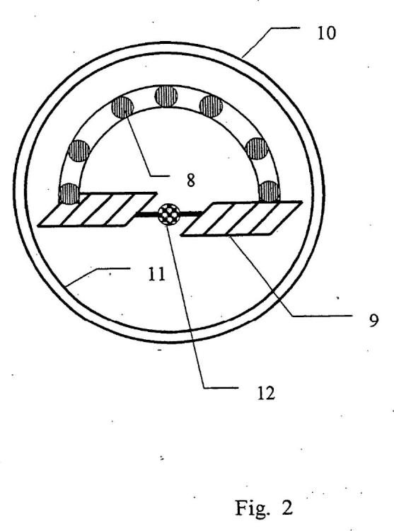 Procedimiento y dispositivo para la fabricación de una placa fabricada a partir de fibras o virutas.