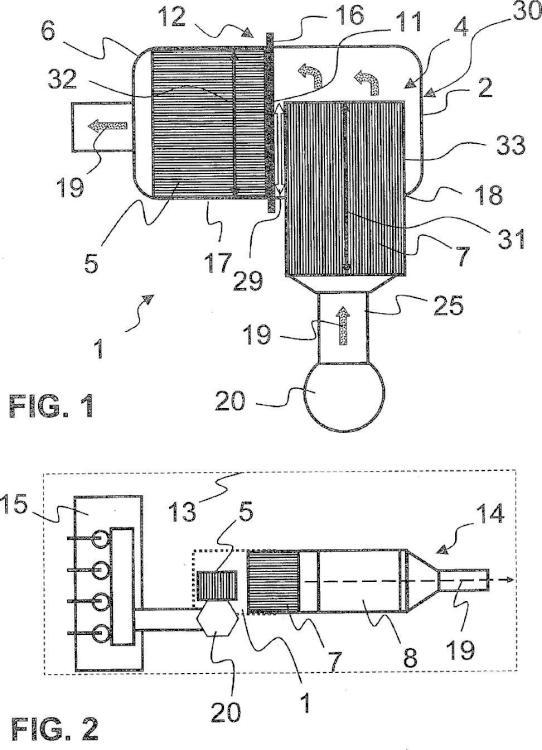 Dispositivo de tratamiento de gas de escape para uso cerca de un motor.