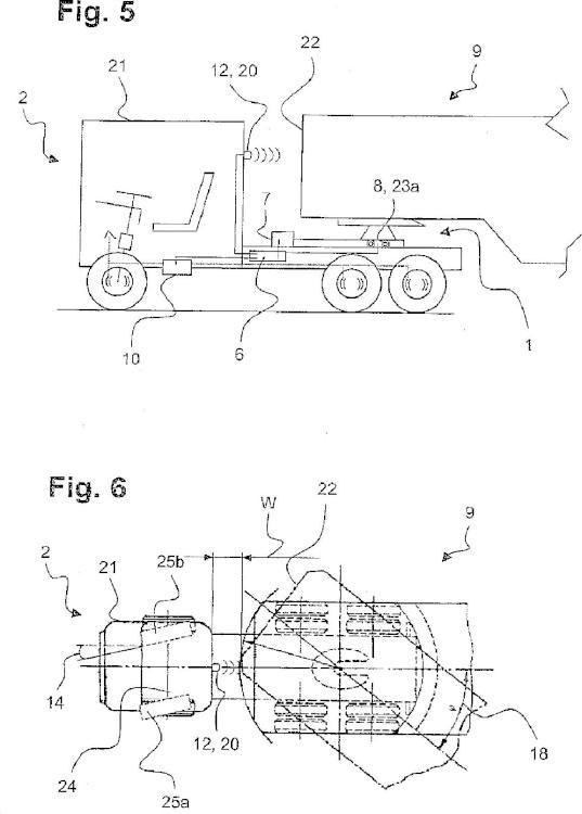Procedimiento y sistema de control para un dispositivo de deslizamiento de un acoplamiento de quinta rueda con detección de la posición angular entre un vehículo tractor y el semirremolque.