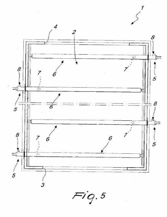 Aparato para el tratamiento térmico de los productos manufacturados, en particular los hechos de material cerámico.