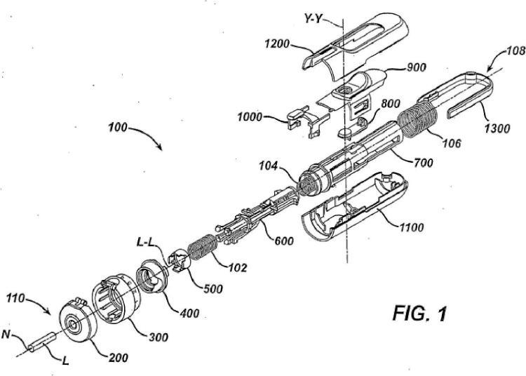 Dispositivo de puncion de cebado y disparo con unidad de empuje de contacto y metodo.