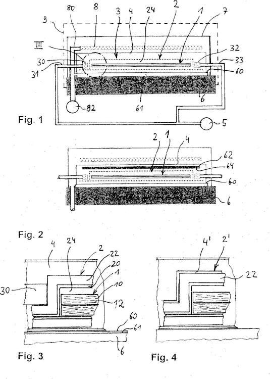 Procedimiento y dispositivo para la fabricación de una pieza moldeada de material compuesto de plástico reforzado con fibra.
