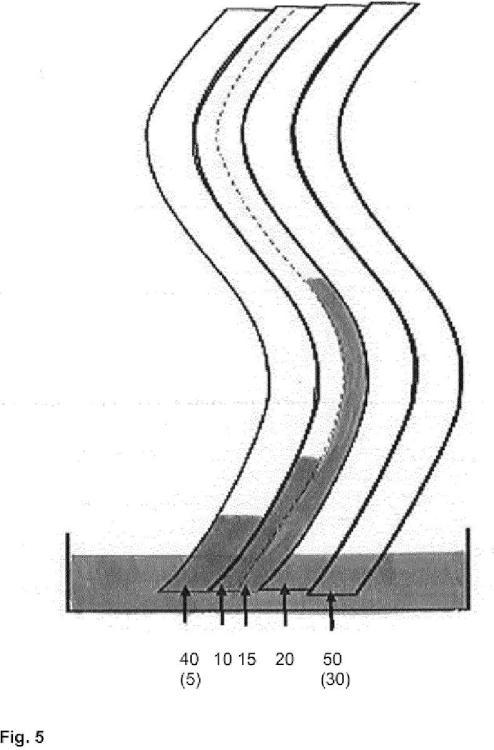 Material compuesto con drenaje de humedad mejorado.
