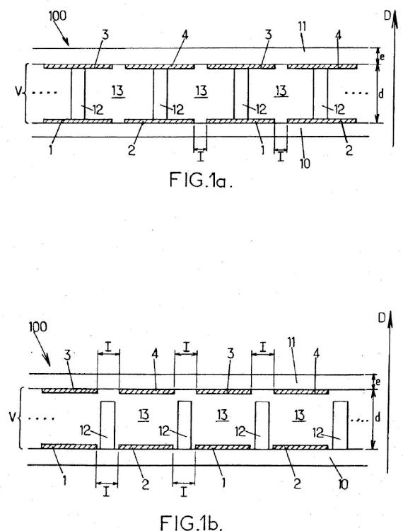 Sistema electrocrómico transparente con varios pares de electrodos de alimentación.
