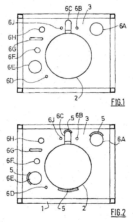Destilación criogénica que comprende un panel aislante al vacío.