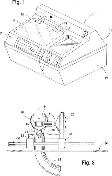 Combinación de herramienta, rebordeador y método de rebordear lentes de gafas.