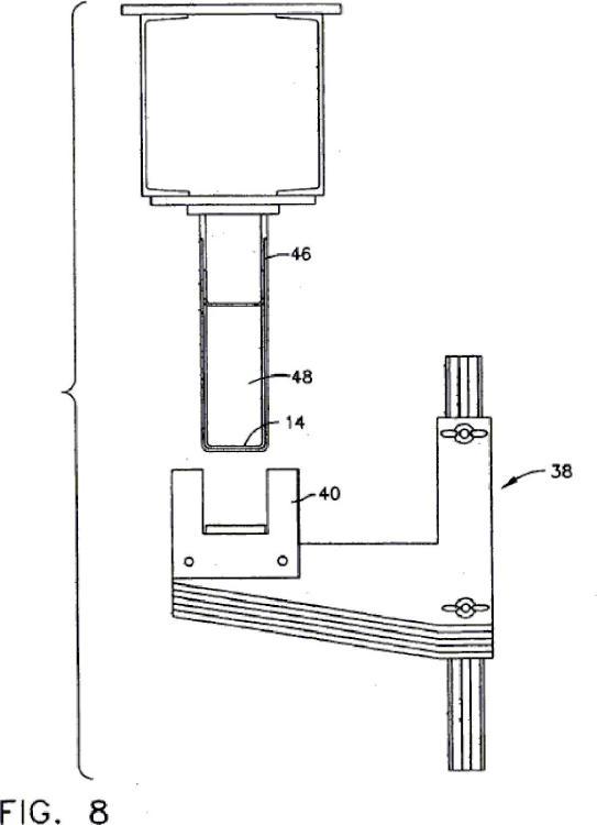 Método y aparato para el contorneado de artículos compuestos preimpregnados.