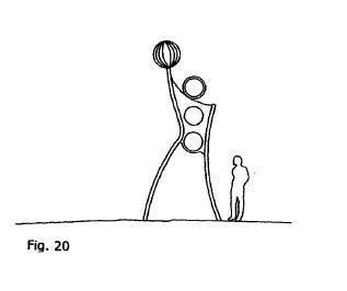 Estructura recreativa agujereada medianera entre espacios dedicados a juegos de pases de pelota.