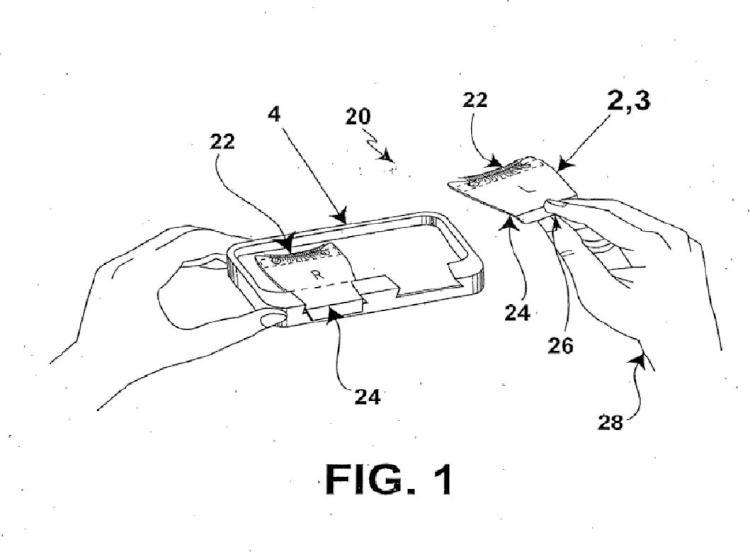 Bandeja y aplicador combinados para sujetar y facilitar la aplicación de pestañas postizas.