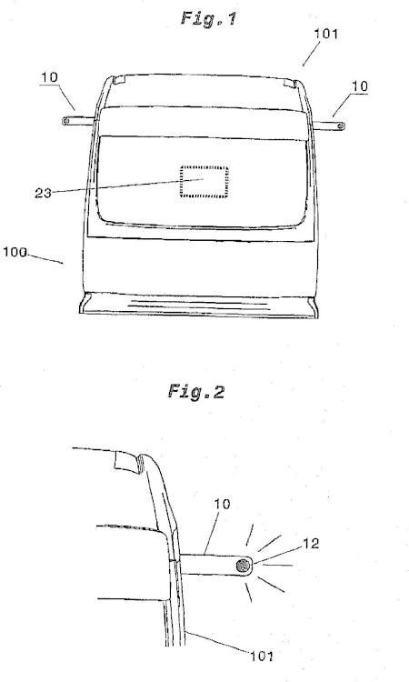 Sistema de sustitución de espejos retrovisores para un vehículo.