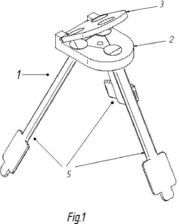 Dispositivo para fijación de estructuras laminares flexibles sobre suelos blandos.