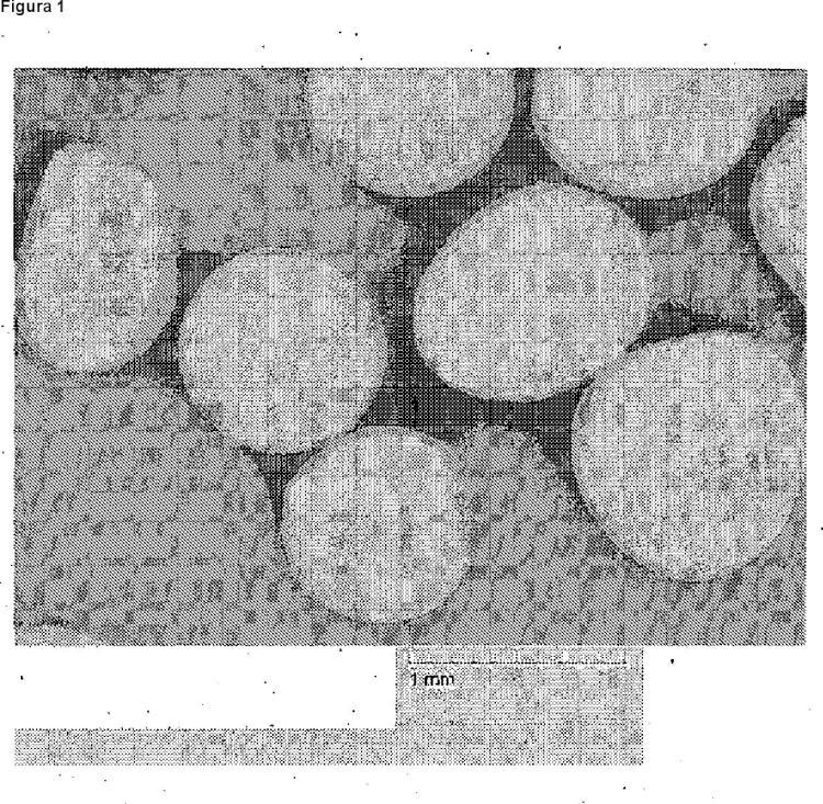 Procedimiento para la producción de un granulado que contiene una o varias sales de agentes complejantes.