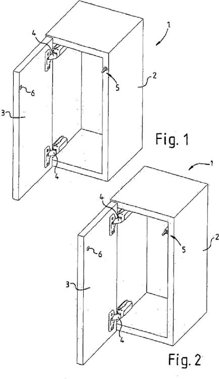Dispositivo para abrir y/o cerrar un mueble, con una pieza de mueble que puede moverse en relación a un cuerpo de mueble fijo, y mueble con un dispositivo de este tipo.