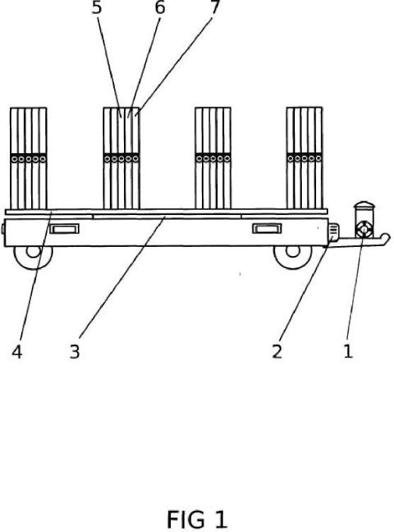 Sistema de riego a presión desde remolque con módulo de generación de energía fotovoltaica.