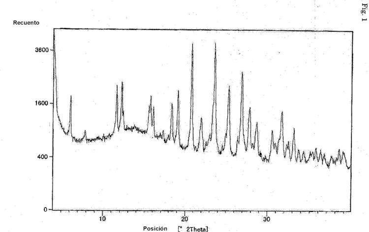 Cristal de sal hidrocloruro de derivado de fenilalanina.