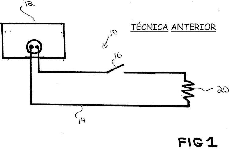 Sistema de regulación de calentamiento en un dispositivo de sellado y corte de tejido.