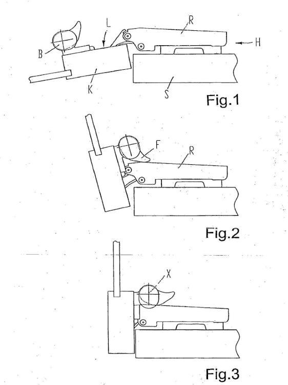 Bisagra con accesorios para mueble.