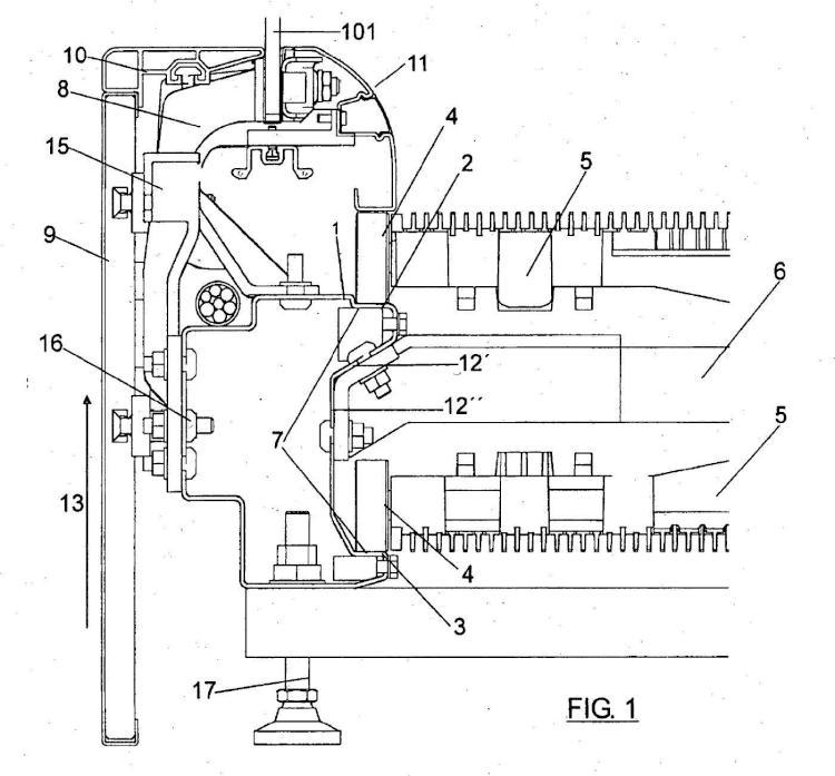 Pasillo mecánico que comprende un sistema de guiado auto-soportado.