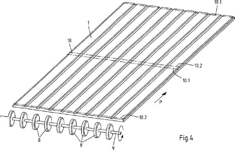 Panel con cantos biselados y procedimiento para la fabricación de paneles de este tipo.