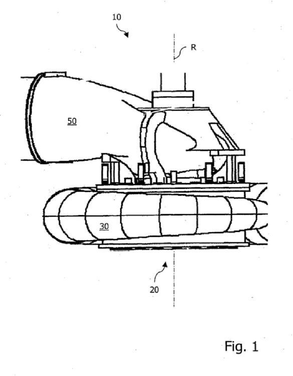 Máquina hidráulica con codo de aspiración situado encima.