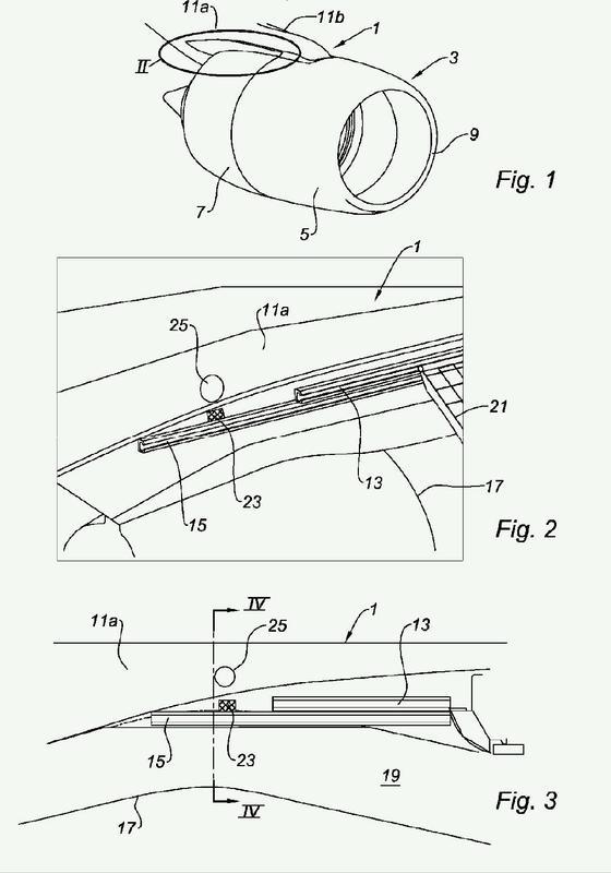 Conjunto para turborreactor de aeronave que comprende un capó de inversión de empuje.