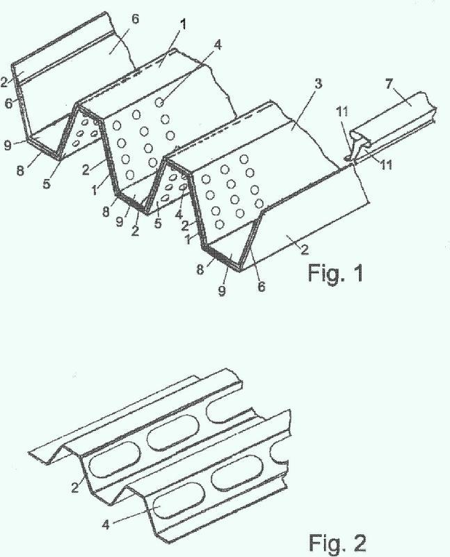 Elemento de techo o de pared translúcido de chapa.
