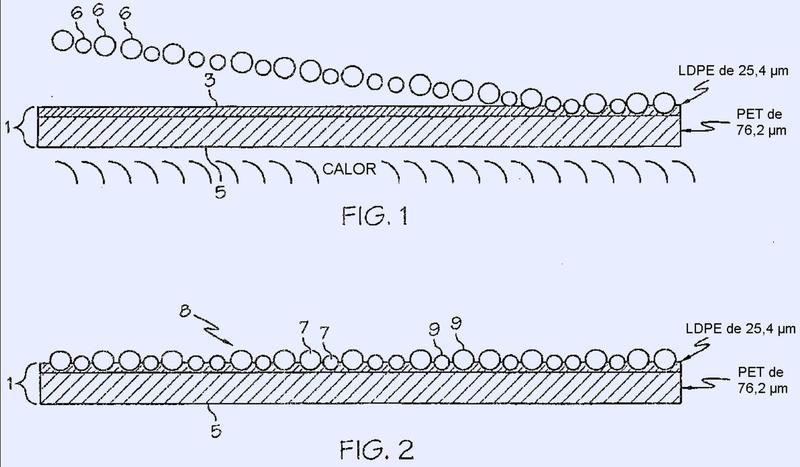 Artículo tridimensional retroreflectante termodeformable y método de fabricación.