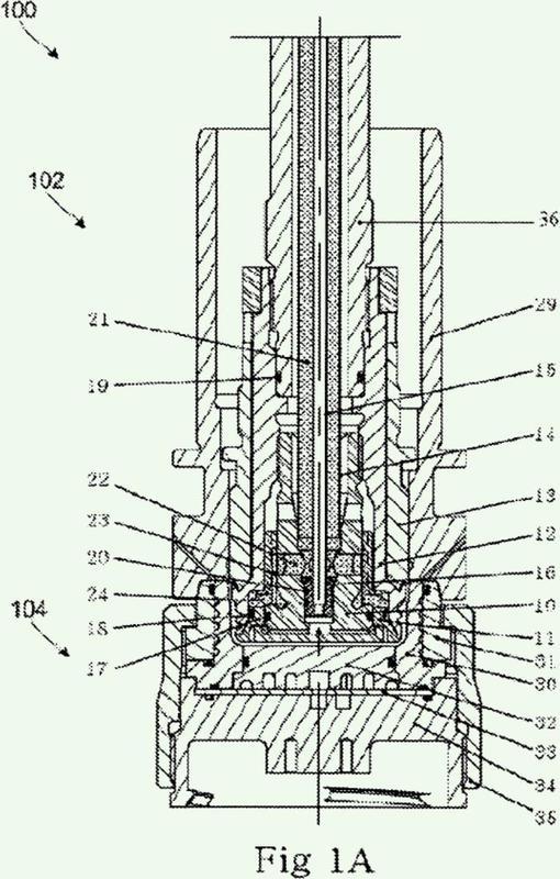 Dispositivo de moldeo con canales de enfriamiento con etapas sucesivas.