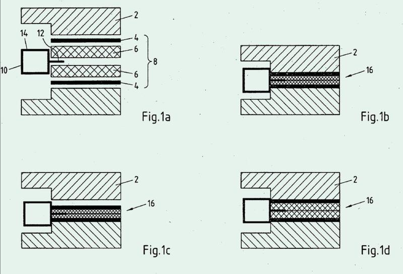 Componente estructural multicapa, procedimiento para su producción y uso del mismo así como sistema con un componente estructural de este tipo.