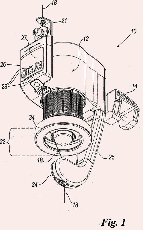 Alimentador de hebra de tipo con almacenamiento con freno magnético.