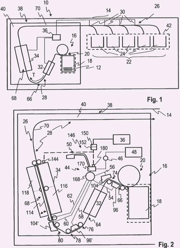 Dispositivo para el tratamiento de documentos de valor y procedimiento para la reducción de polvo en el interior del dispositivo.