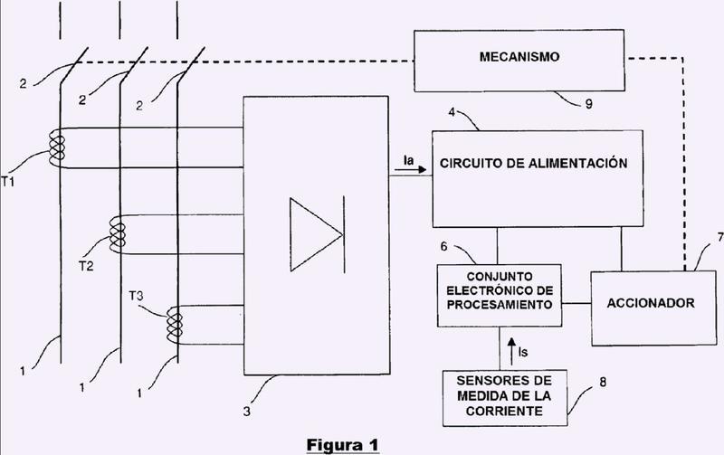 Disparador electrónico provisto de un circuito de alimentación que incluye unos medios aumentadores de tensión y disyuntor que incluye un disparador de este tipo.