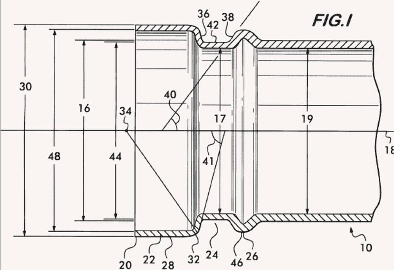 Procedimiento y máquina para la fabricación de un elemento de tubería con superficie de apoyo, ranura y reborde.